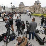 Présidentielle : la presse du monde entier présente au Louvre.