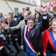 Paris : Mélenchon mobilise des dizaines de milliers de personnes contre la réforme du code du travail.