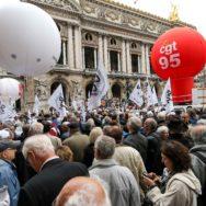 Paris : des milliers de retraités mobilisés contre la hausse de la CSG.