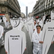 Amiante: pas de procès pénal en vue, les victimes manifestent