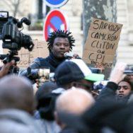 Mobilisation contre l'esclavage devant l'ambassade libyenne à Paris