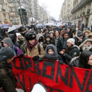 Nouvelle manifestation d'étudiants à Paris.
