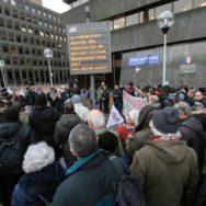 Rassemblement devant la Préfecture de Seine-Saint-Denis.