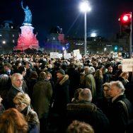 Antisémitisme : des milliers de personnes rassemblés place de la République.