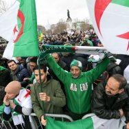 A Paris, la diaspora algérienne manifeste contre un 5e mandat de Bouteflika.
