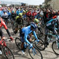 Paris-Nice : Top départ à Saint-Germain-en-Laye.
