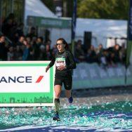 Marathon de Paris : dans l'œil du cyclone, Clémence Calvin bat le record de France.