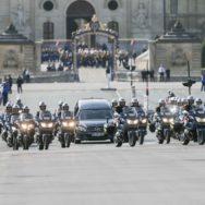 Cérémonie d'hommage à Jacques Chirac aux Invalides.