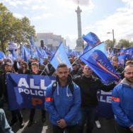 Des policiers défilent à Paris pour exprimer leur « ras-le-bol profond »