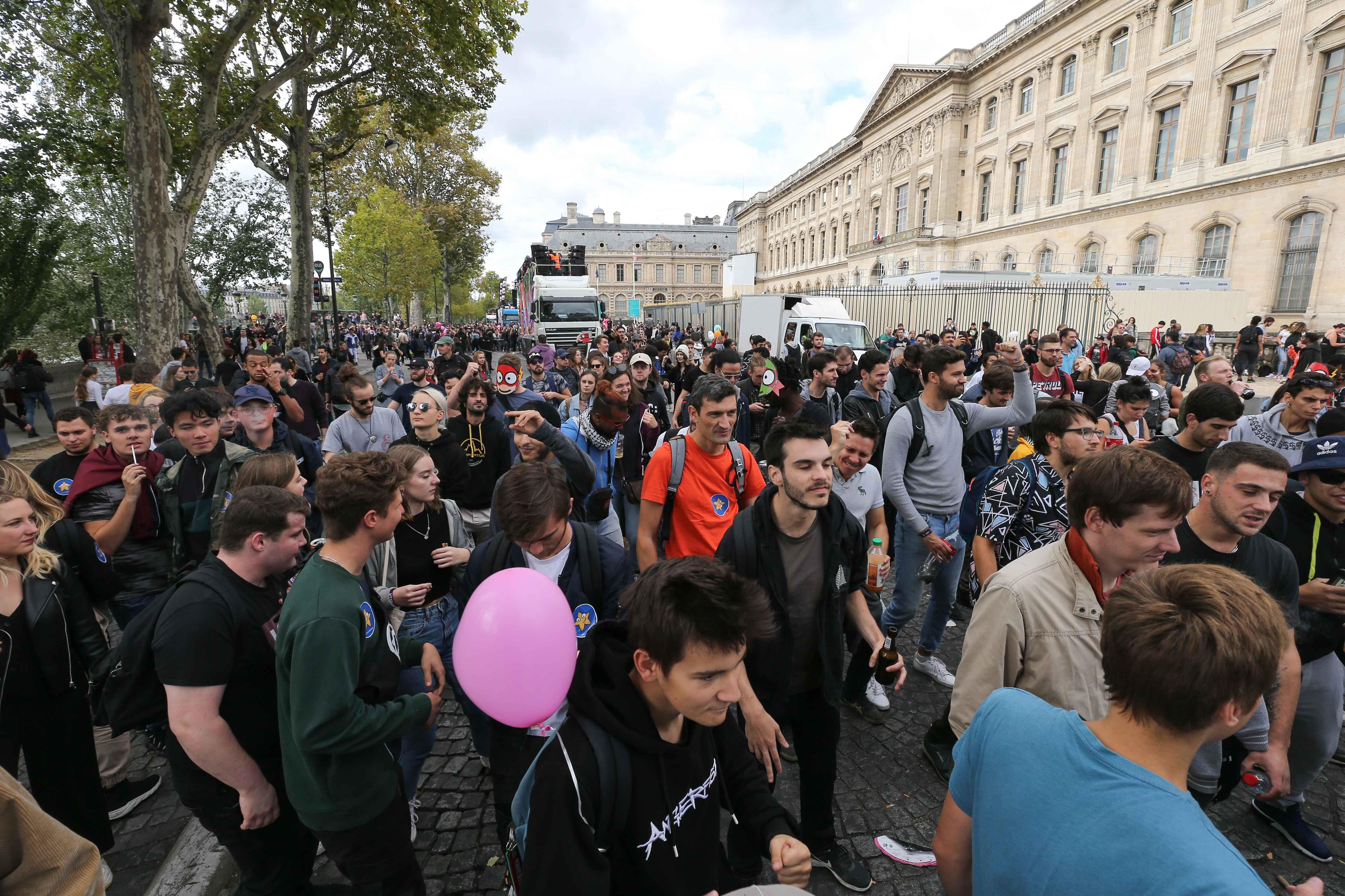 La foule au 21e défilé annuel de la Techno Parade. © Michel Stoupak. Sam 28.09.2019, 12:32:23.