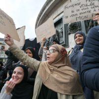 """Contre l'islamophobie, ces femmes voilées veulent juste être """"tranquilles""""."""