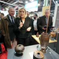Marine Le  Pen au salon Made in France.