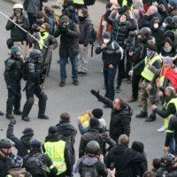 Réforme des retraites : des tensions dans les manifestations à Paris.