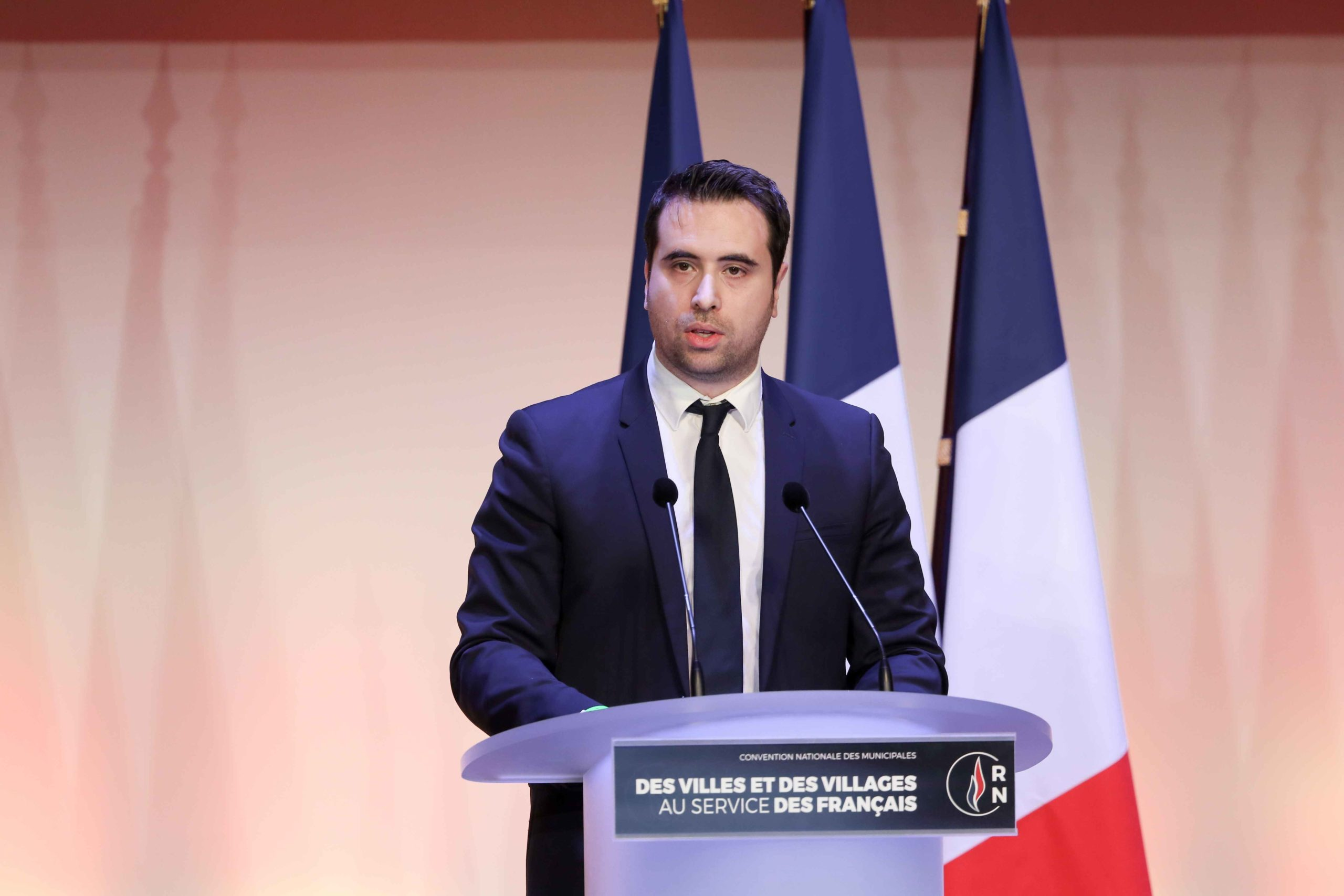 Aymeric Durox, the Rassemblement national (RN) candidate in the forthcoming mayoral election in Nangis (Seine-et-Marne), speaks in Paris, on January 12, 2020, during a meeting to launch the RN campaign candidates for the next municipal elections.  The 2020