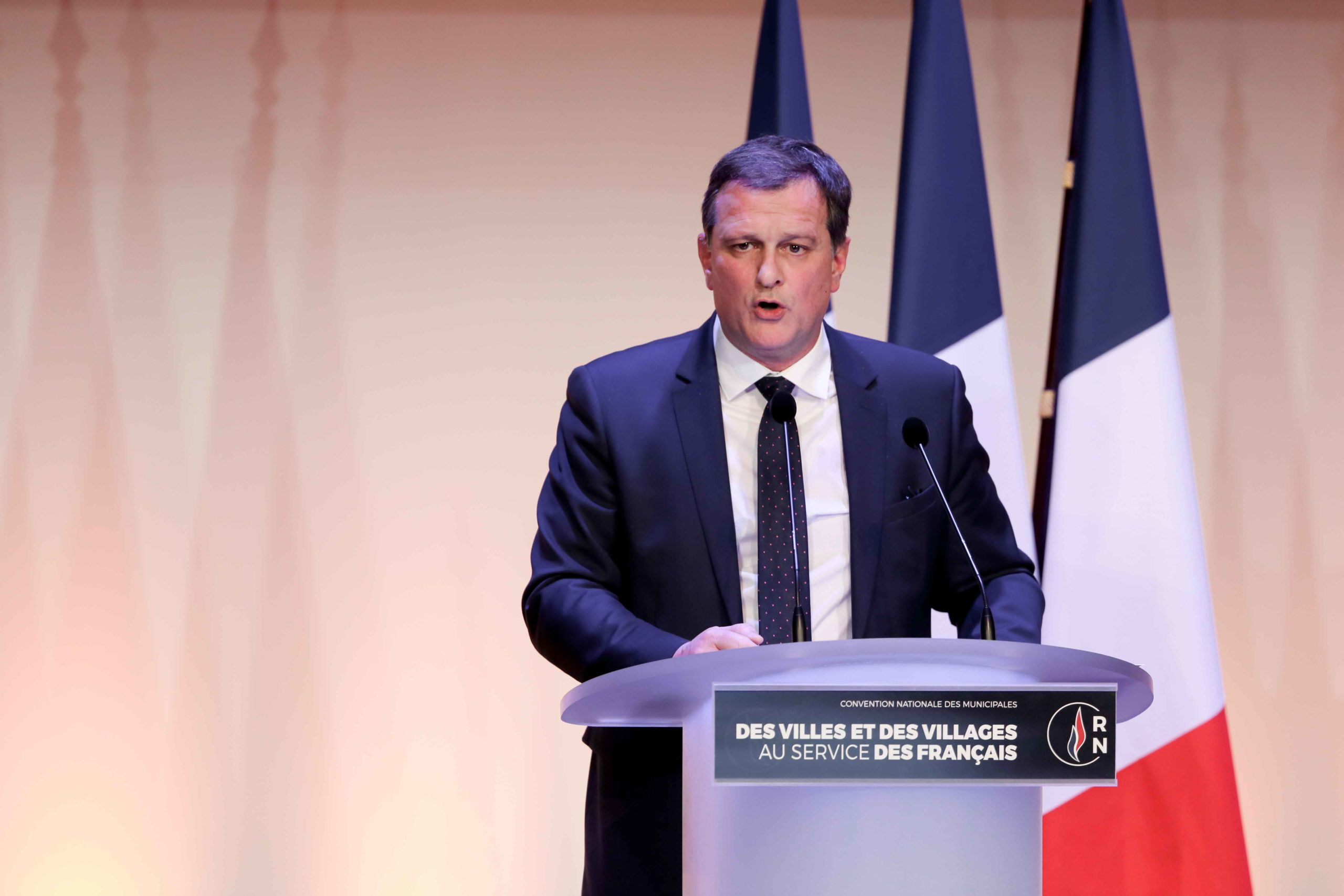 Louis Aliot, French far-right Rassemblement National (RN) party member and Member of the Parliament, speaks in Paris, on January 12, 2020, during a meeting to launch the RN campaign candidates for the next municipal elections.  The 2020 French municipal el