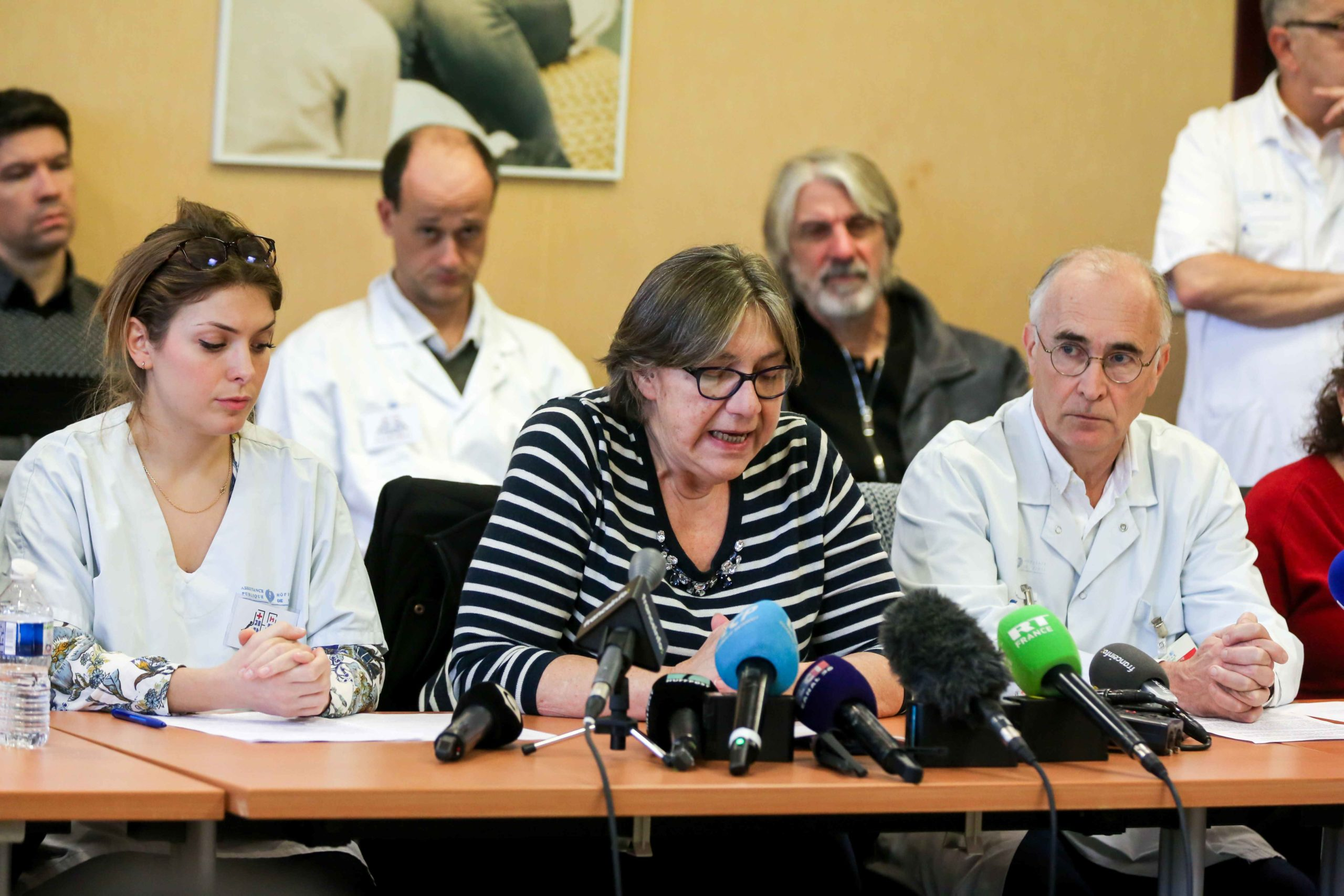 """Members of the """"CIH - Collectif Inter Hopitaux"""" (Inter-hospitals collective) give a press conference after the publication of a collective resignation letter to protest against the emergency plan proposed by the government, at the Pitie-Salpetriere hospita"""