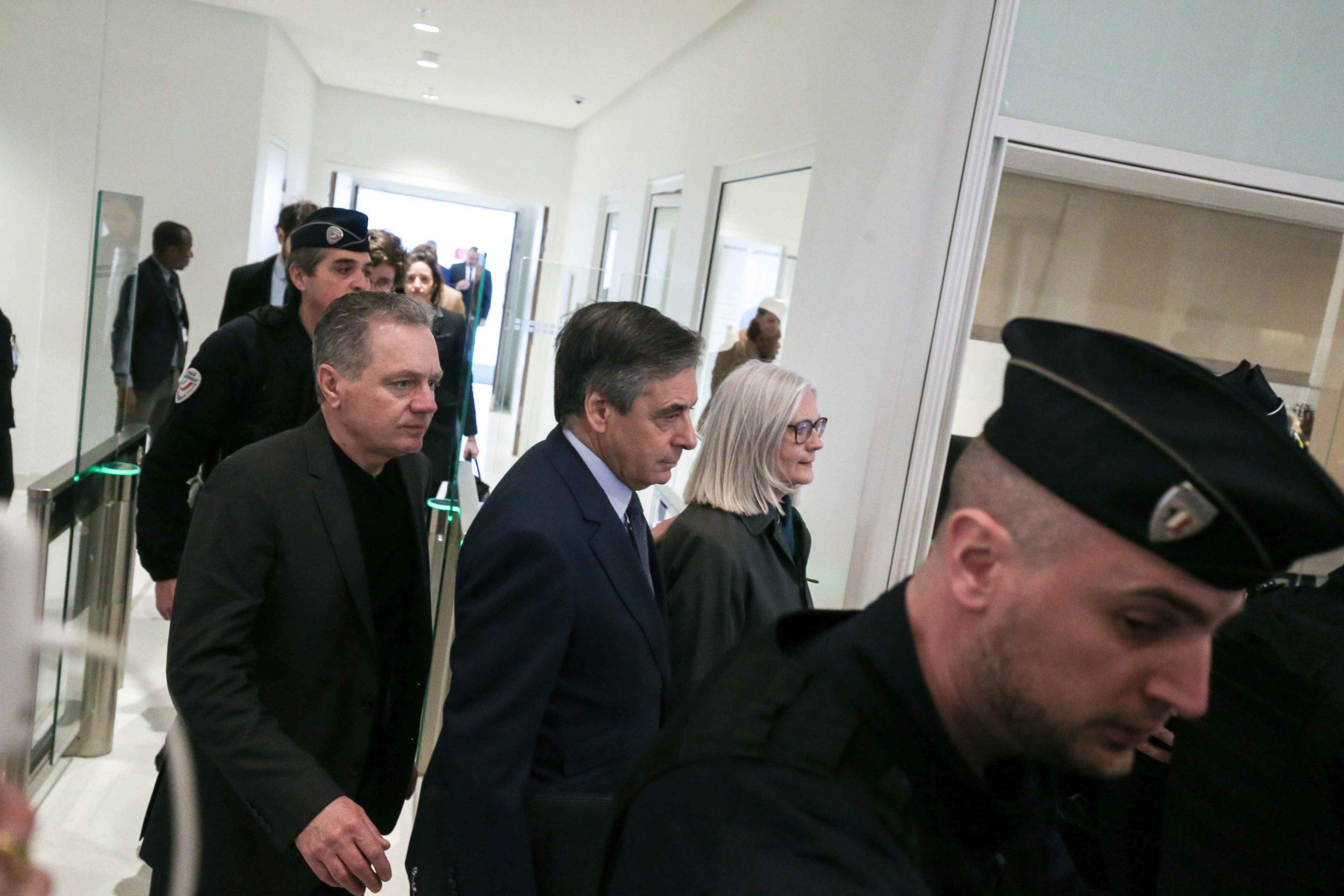 François et Pénélope Fillon arrivent au tribunal. © Michel Stoupak. Mer 26.02.2020, 13:14:55.