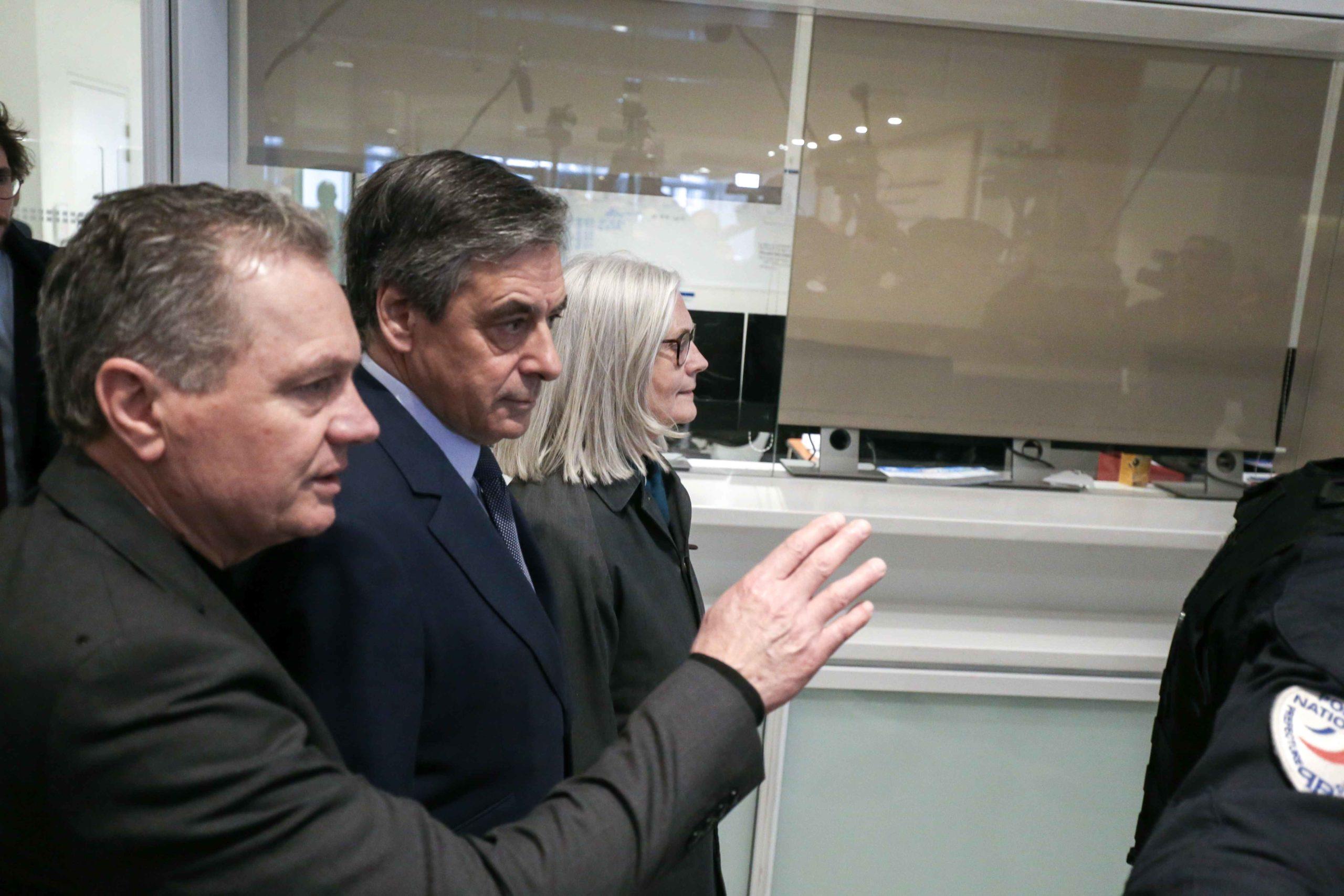 François et Pénélope Fillon arrivent au tribunal. © Michel Stoupak. Mer 26.02.2020, 13:14:58.
