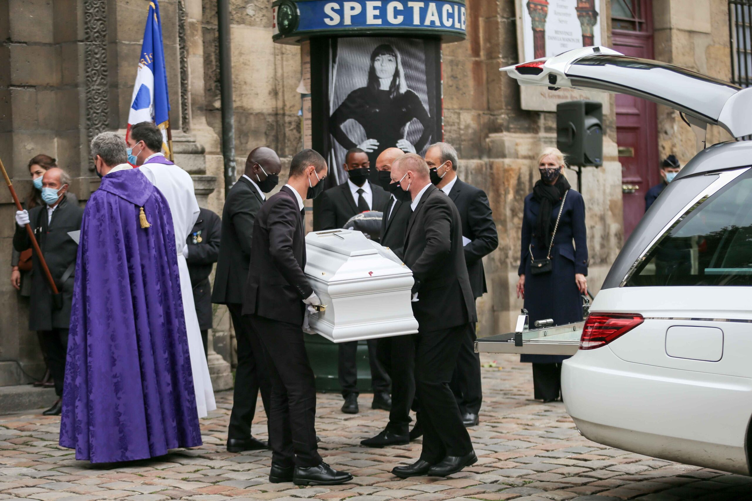 Pallbearers carry  the coffin of French singer Juliette Greco during her funeral ceremony at the Saint-Germain-des-Pres church in Paris, on October 5, 2020. Legendary French singer Juliette Greco, whose career spanned over half a century, died aged 93, on