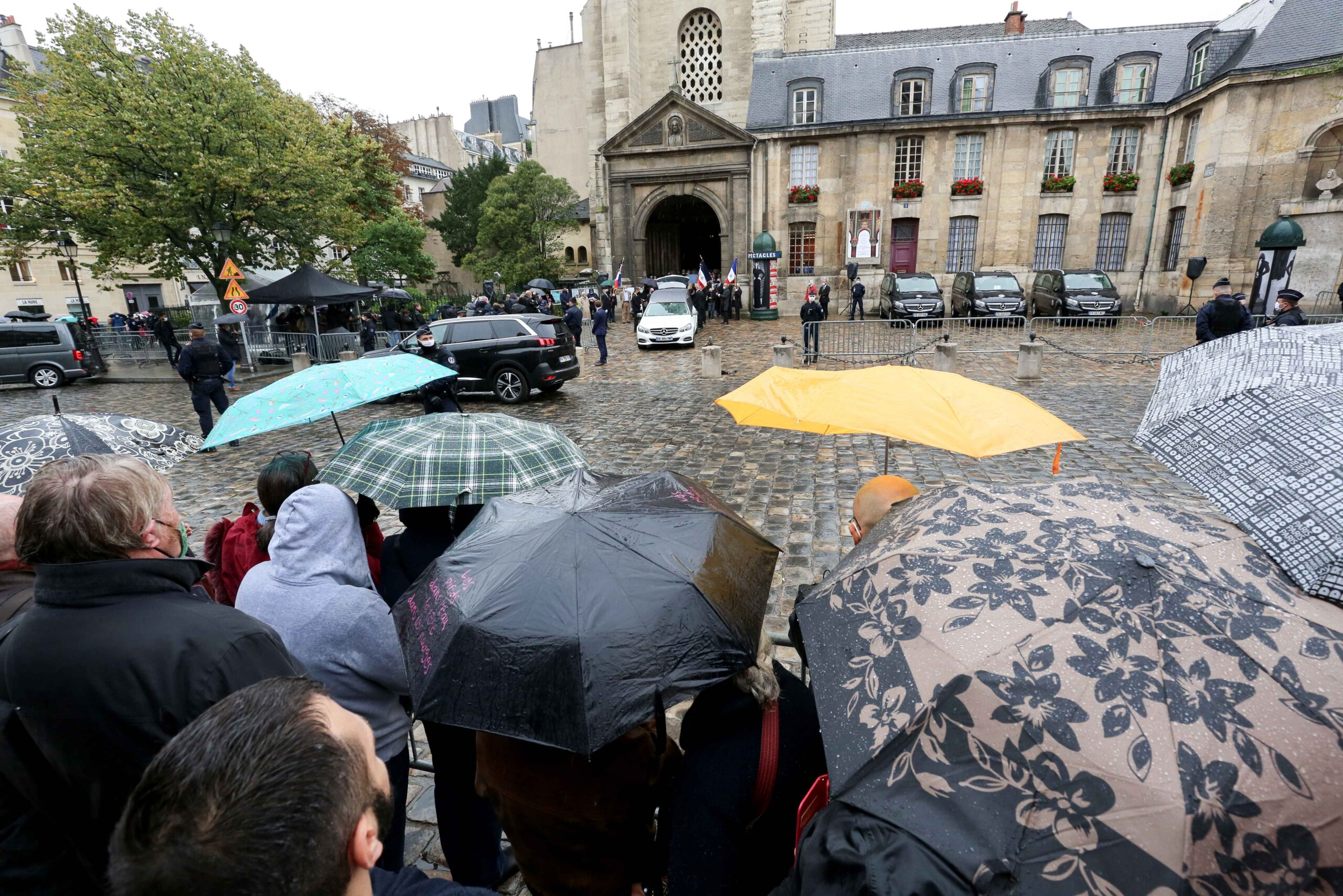 People attends the funerals of French singer Juliette Greco, at the Saint-Germain-des-Pres church in Paris, on October 5, 2020. Legendary French singer Juliette Greco, whose career spanned over half a century, died aged 93, on September 23, 2020.