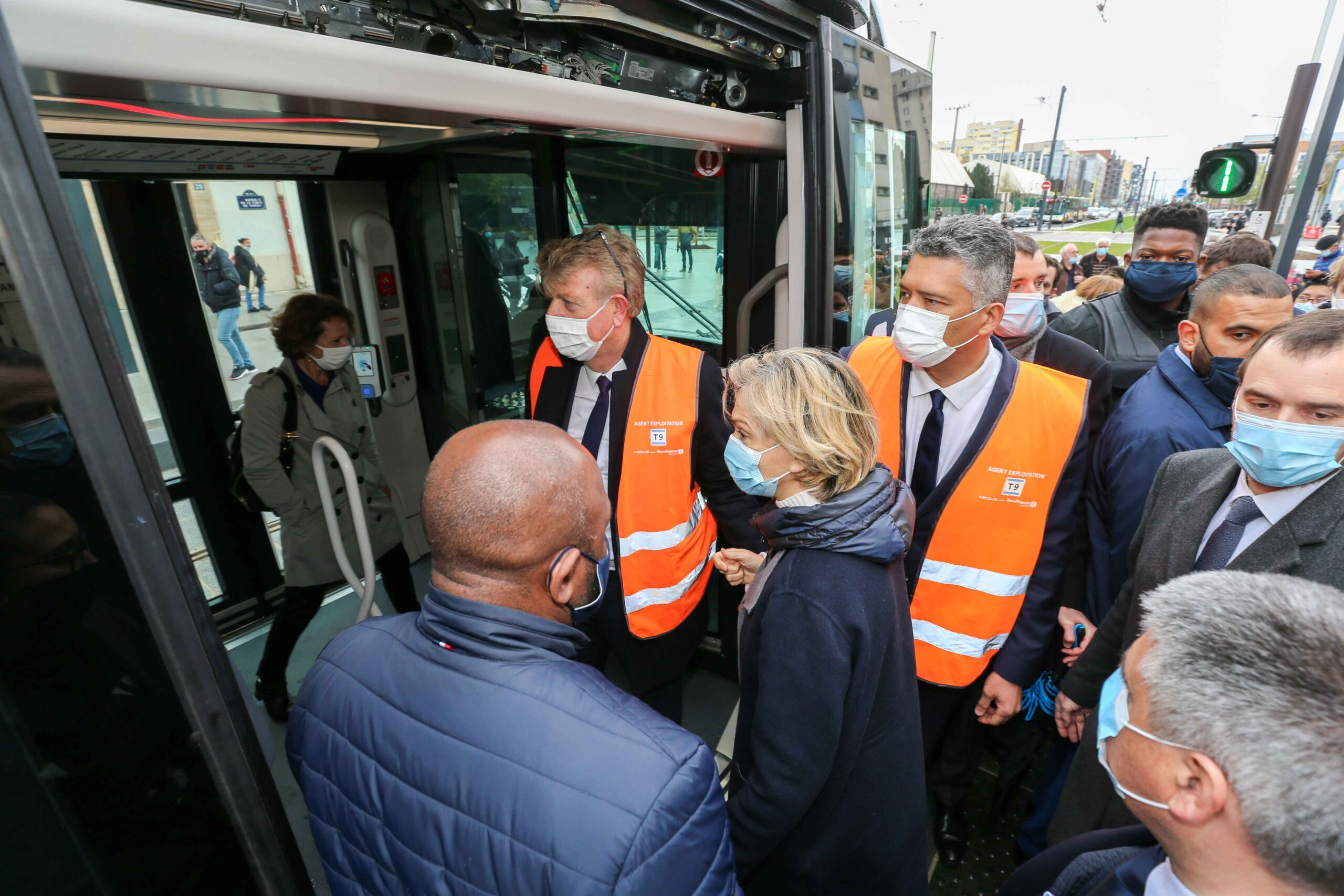 President of the French region of Ile-de-France Valerie Pecresse (C) inaugurates the new tramway T9 tram line between Porte de Choisy and Orly City, southeastern Paris, on April 10, 2021 at Porte de Choisy, in Paris.Line T9 connects Porte de Choisy Paris